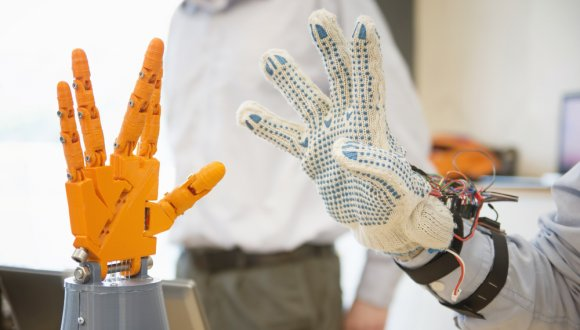 רובוט ואדם - ידידות מופלאה